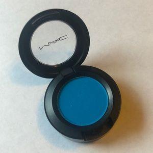 MAC Electric Eel AA7 eyeshadow
